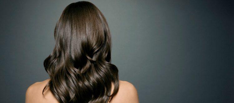 Konsekwencje i przyczyny wypadania włosów
